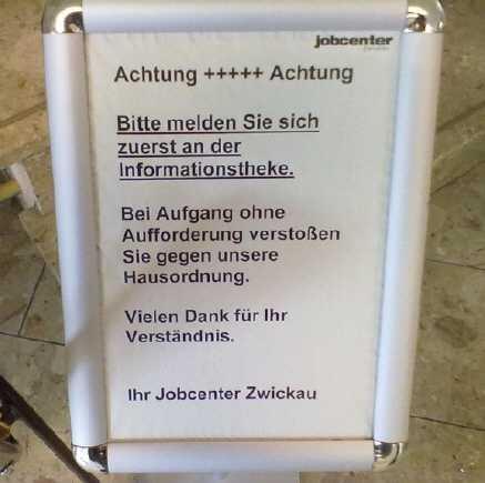 jobcenter zwickau aufgang - Hartz IV: Jobcenter schottet sich ab