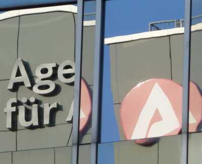 arbeitsagenturen - BA verweigert Telefonnummern-Herausgabe
