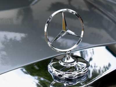 mercedes jobcenter - Hartz IV: Jobcenter fährt neuerdings Mercedes
