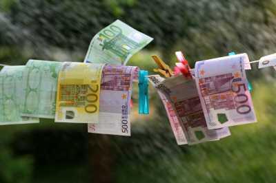 geld jobcenter - Jobcenter Berlin bedient sich an Hartz IV-Geld