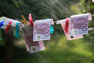 jobcenter betrug hartz - Hartz IV: Jobcenter-Betrug in Höhe von 280.000 EUR