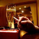 sucht ausnutzen 150x150 - Stadt bezahlt Alkoholkranke fürs Arbeiten mit Bier