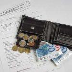 Frau soll 4,6 Billiarden Euro an Behörde zahlen