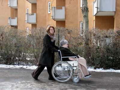 behinderter vater - Jobcenter verweigert behindertengerechte Wohnung