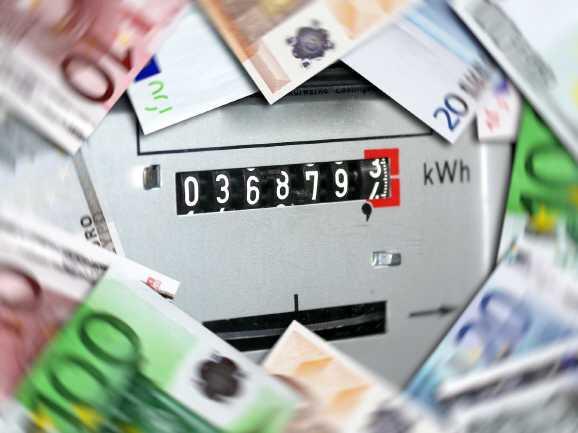 strom schulden - Hartz IV: Der Staat soll die Stromkosten zahlen