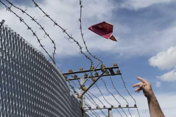 fluechtlinge - Die Würde des Menschen ist unteilbar