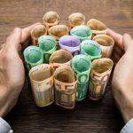 geld gefunden 150x150 - Hartz IV Bezieher finden 20000 EUR und geben es ab