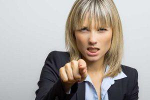 sozialgericht tadelt jobcenter 300x200 - Hartz IV: Zunahme der Attacken gegen Jobcenter-Sachbearbeiter?