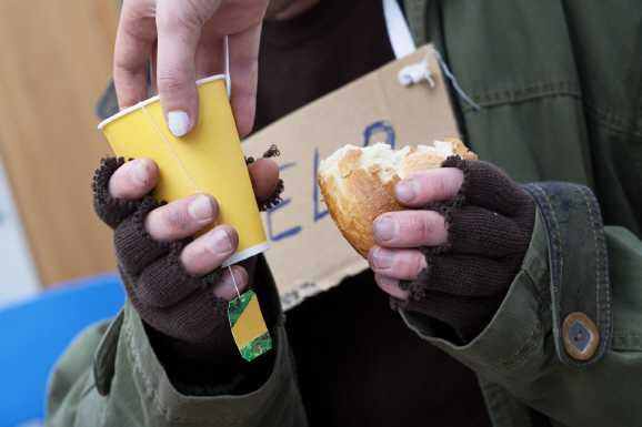 obdachlos bankueberfall - Obdachloser: Bankraub, um ins Gefängnis zu kommen