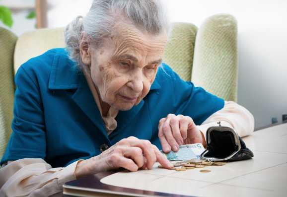 altersarmut hartziv - 50 Prozent der Rentner droht Hartz IV im Alter