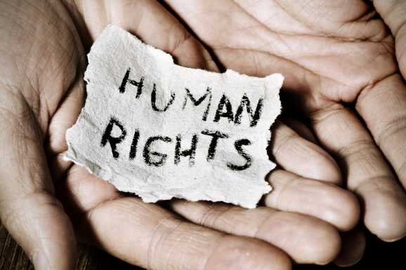 menschenrechte - Hartz IV Beziehern droht Zwangsverrentung