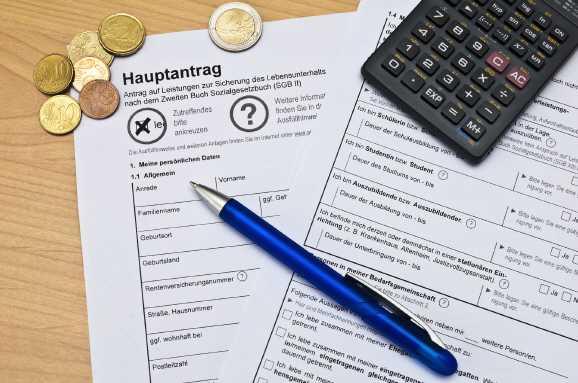 hartz iv hauptantrag - Hartz IV: Im Zweifel muss das Jobcenter zahlen