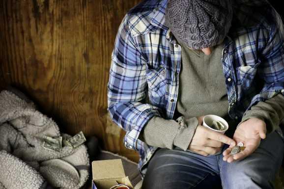 arbeitslose usa - Armutsbericht: Arbeitsministerin verdrückt sich