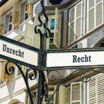 recht unrecht 150x150 - Kein Entschädigungsanspruch für Hartz IV Bezieher