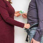 Hartz IV: Kein Zwang zur Prostitution?