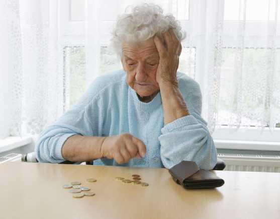 arme rentnerin - Diebstahl aus Hunger - Gefängnis für Rentnerin