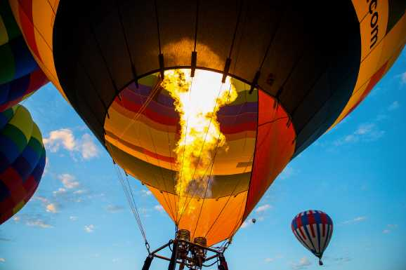 heissluftballon - Müssen Hobbys bei Hartz IV angemessen sein?