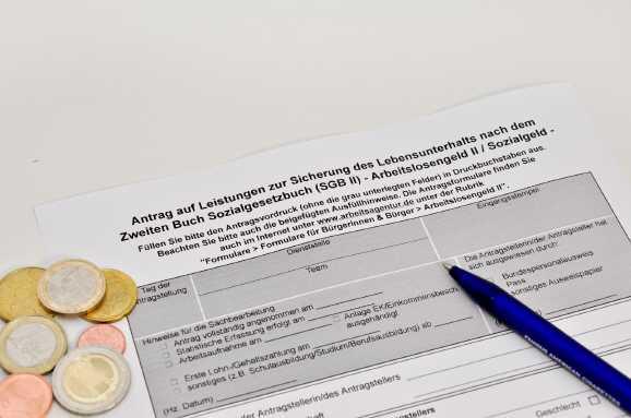 hartz4 rueckforderung - Hartz IV Behörde verlangt 48.000 Euro