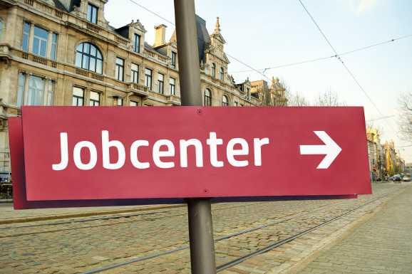 jobcenter hausverbot - Jobcenter-Hausverbot nur bei nachhaltiger Störung