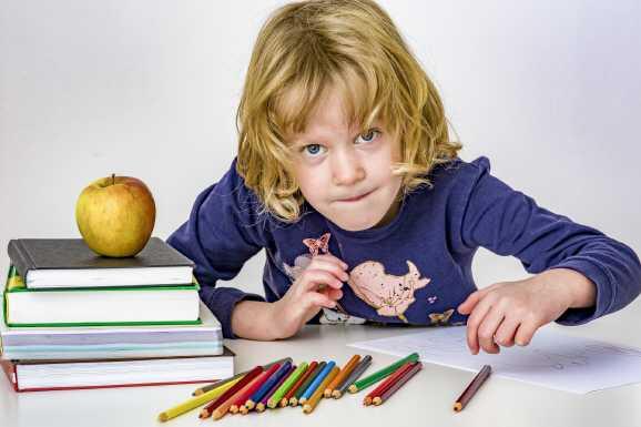 Hartz IV: Jetzt einen Antrag auf Zuschuss für Homeschooling stellen!