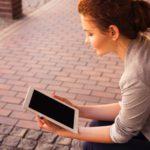 Hartz IV: Jobcenter muss Schülerin wegen Online-Unterricht mit PC versorgen
