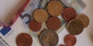 Kredite für verschuldete Hartz IV Beziehende - Zinslos von der Diakonie