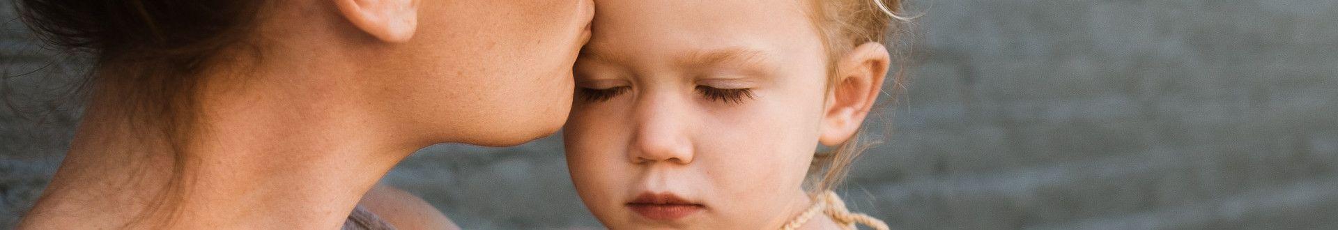 AlleinerziehendeMutter compressor - Gnadenloser Vermieter: Alleinerziehende Mutter mit 4 Kindern wird Obdachlos!