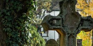 Sozialbestattungen: Hohe Zahl von Hartz IV-Bestattungen in Deutschland