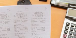 Jobcenter entsorgt öffentlich Hartz IV Dokumente