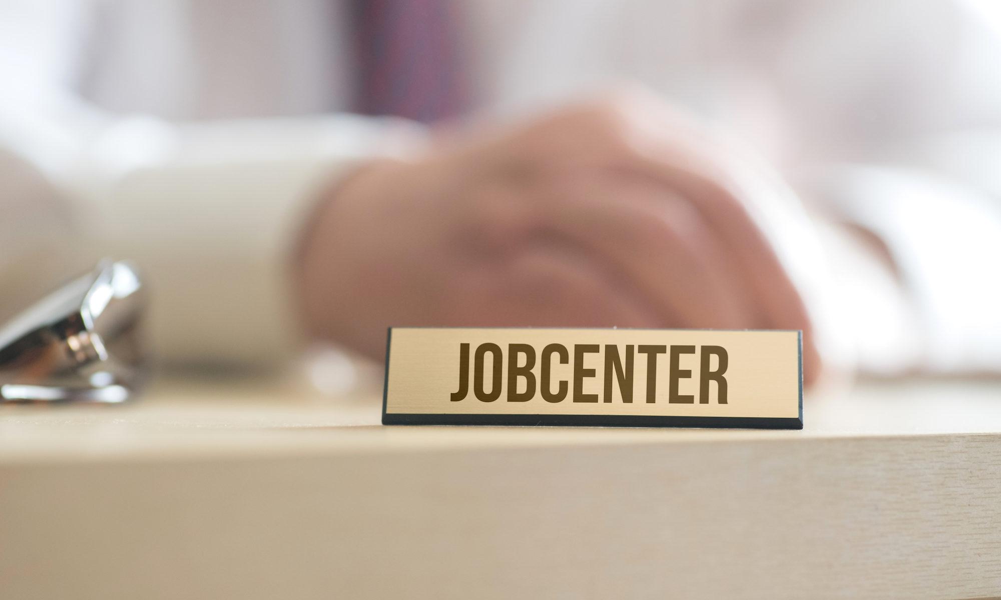 sanktionen im hartz system jobcenter 2000x1200 - Hartz IV: Jobcenter fragen alle Konten ab