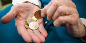 Hartz IV und Sozialhilfe: Anspruch auf Zinsen bei Nachzahlung durchs Jobcenter