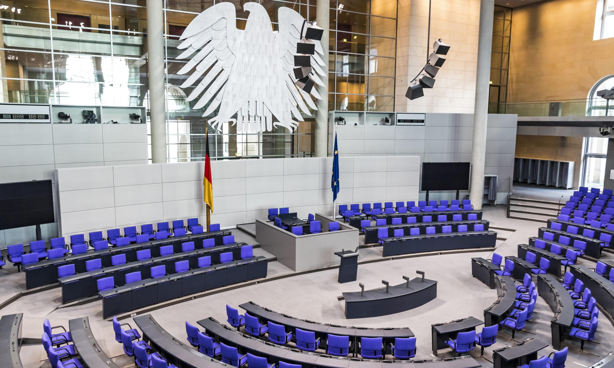 AdobeStock 336495494 Editorial Use Only 2000x1200 - Hartz IV: Der Bundestag lehnte eine Corona-Sonderzahlung für ALG-II Bezieher ab
