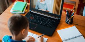 Hartz IV: Jobcenter muss Computer für Hausschulunterricht bezahlen