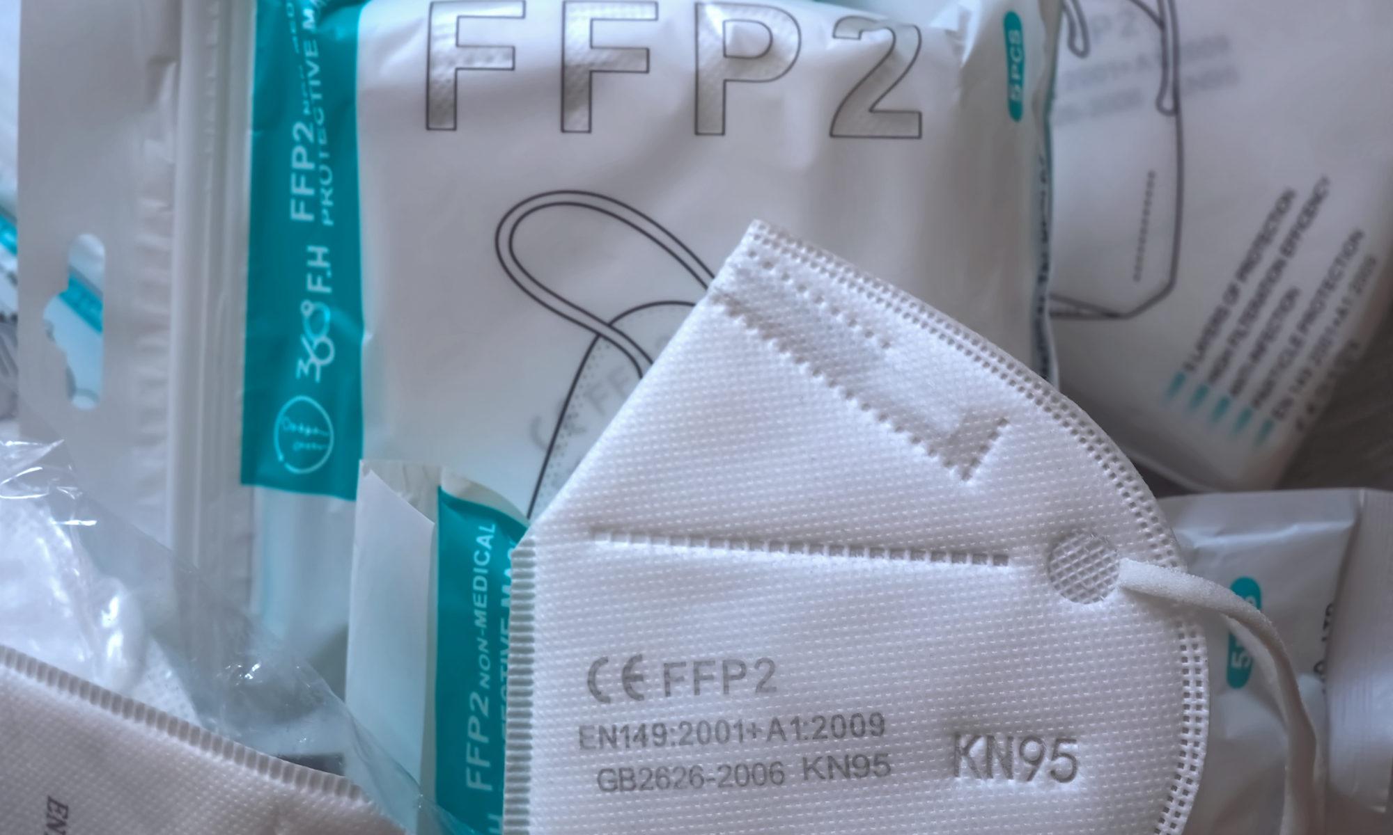 AdobeStock 396522813 Editorial Use Only 2000x1200 - Unsicherheit: Sozialgericht Dresden urteilte gegen Hartz IV-Mehrbedarf durch FFP2-Masken
