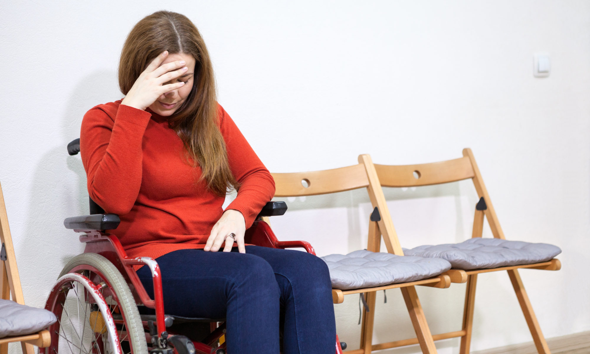 AdobeStock 99967694 2000x1200 - Schwerbehinderte Frauen werden auf dem Arbeitsmarkt doppelt diskriminiert
