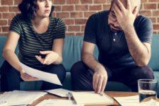 AdobeStock 212667025 225x150 - Jobcenter-Darlehen treiben Hartz IV Betroffene in die Schuldenfalle